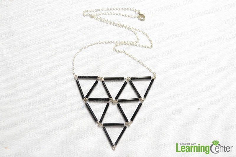 DIY Un collier de triangles