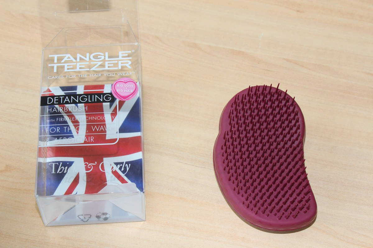 Démêlage post twist-out + Brosse Tangle teezer Thick & Curly