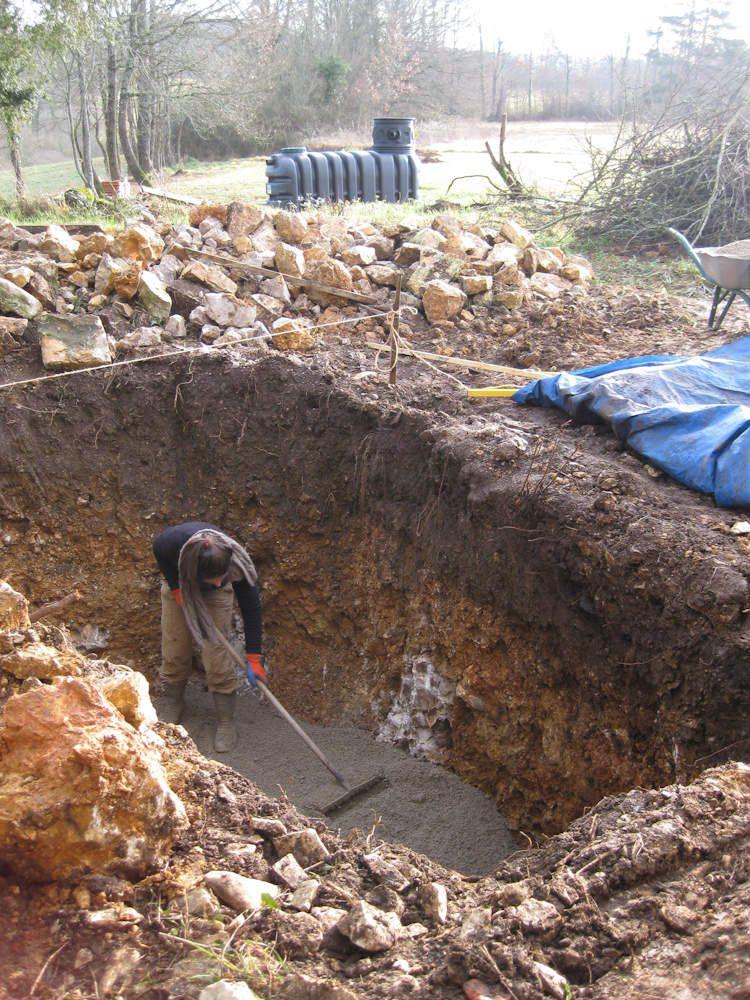 087 - Citerne d'eau de pluie et terrassement