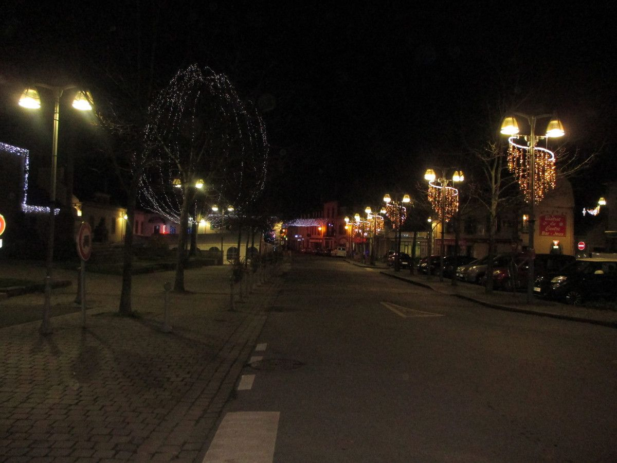 Bannalec by night