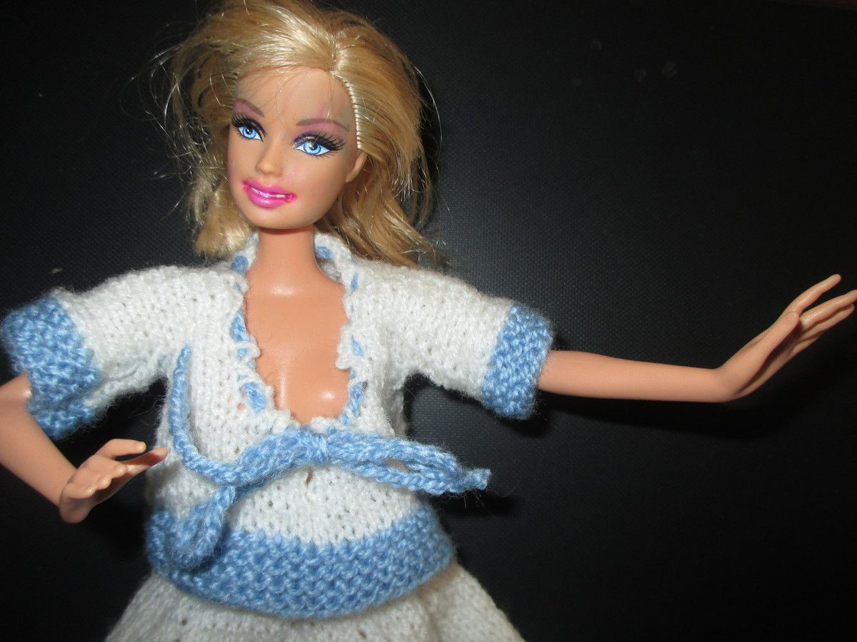 Une tenue pour Barbie