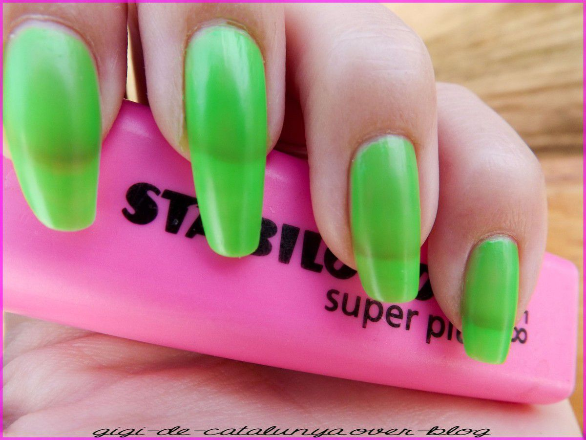 Jelly Sandwich Nail Art et