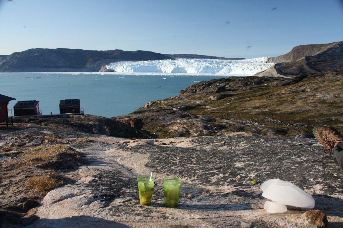 Caipi vom kalbenden Eqi-Gletscher