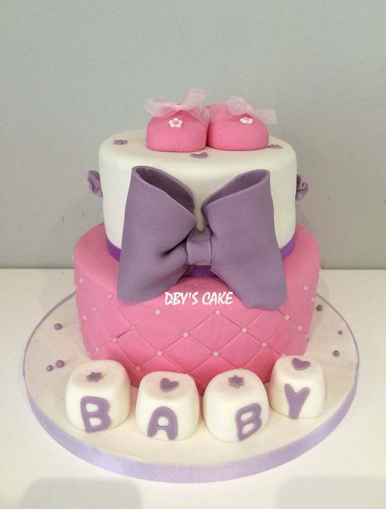 g teau baby shower fille 2 dby 39 s cake. Black Bedroom Furniture Sets. Home Design Ideas
