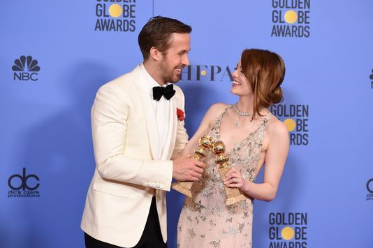 GOLDEN GLOBES 2017: &quot&#x3B;LA LA LAND&quot&#x3B; DOMINE, &quot&#x3B;ELLE&quot&#x3B; LE SUIT