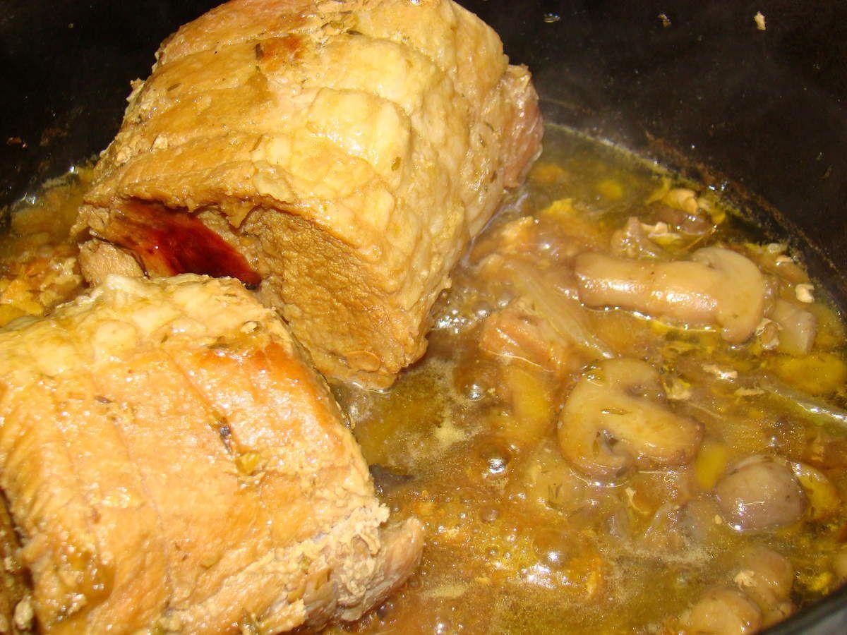 cuit dans une cocotte fonte antique non émaillée