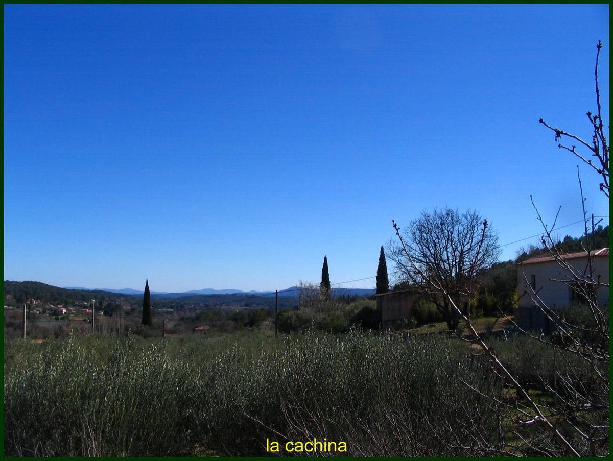 Pour faire râler Gégé, plus bleu que bleu, et il n'y a pas de triche, pas de filter etc... juste le ciel à 13h30 ce 26 février 2015