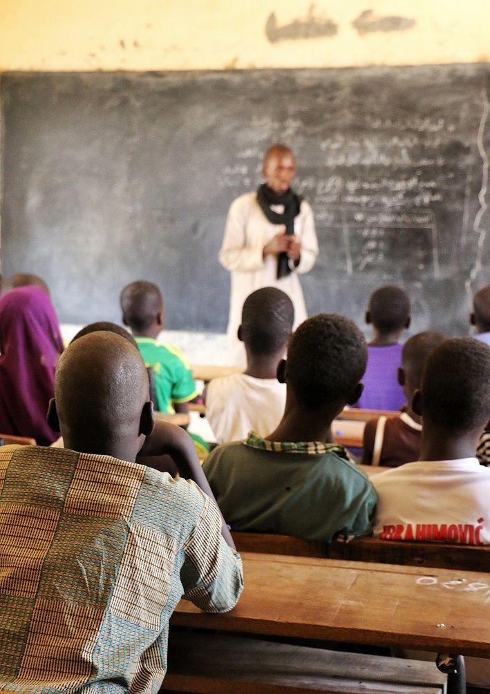 Mahmoud Amadou Ly durant un cours de soutien d'arabe. Crédit : Mozaikrim/MLK
