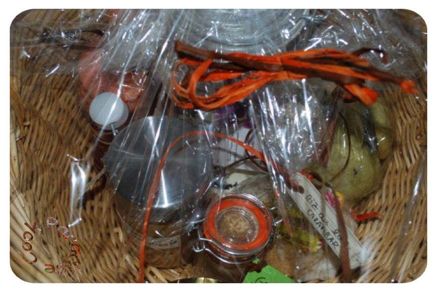 Panier cadeaux de gourmandises régréssives