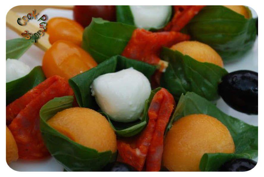 Brochettes apéritives fruitées-salées