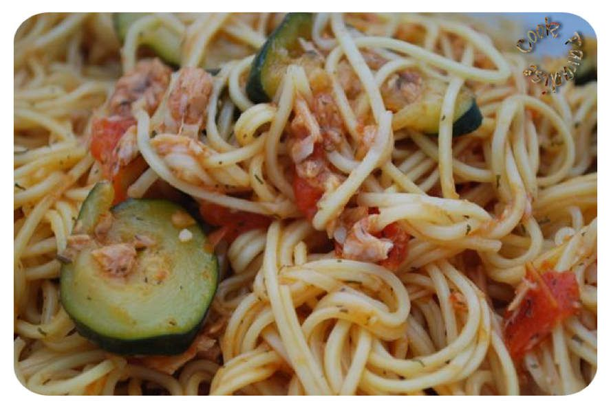 One Pot Pasta Courgettes, tomates, Thon (Cookéo ou sans)