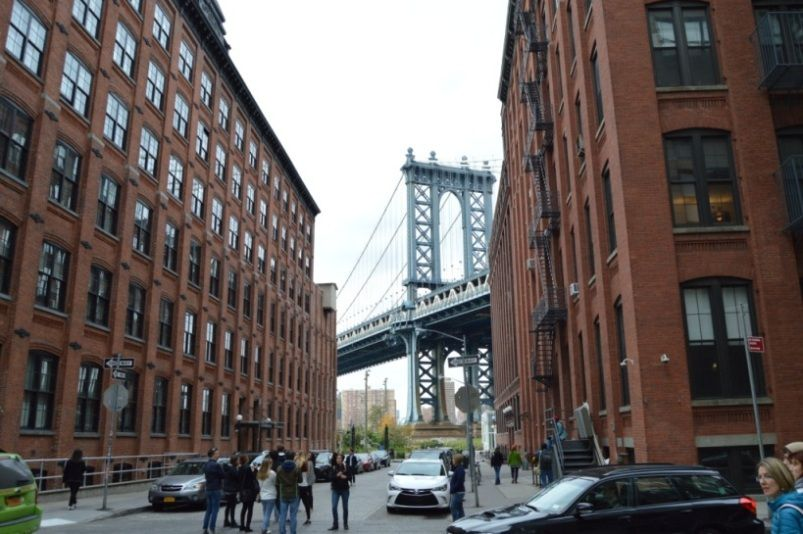 De l'autre côté, on flâne dans Brooklyn et Williamsburg, ces nouveaux quartiers très en vogue. Eh oui ! On l'oublie facilement mais NY ne se limite pas à Manhattan