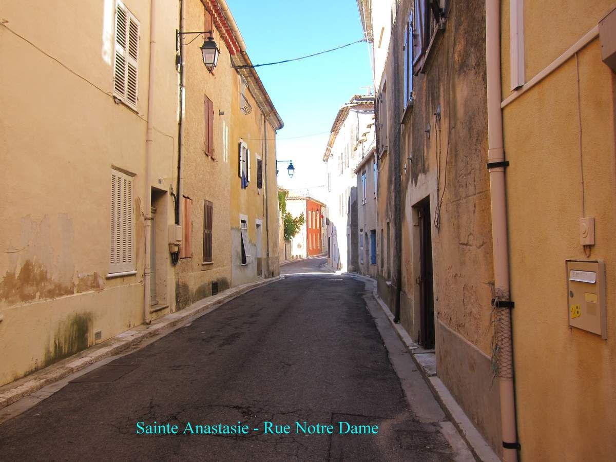 Sainte Anastasie-sur-Issole -&gt&#x3B; Besse sur Issole