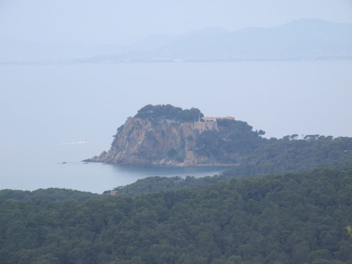 Fort de Brégançon - Cap Bénat A/R