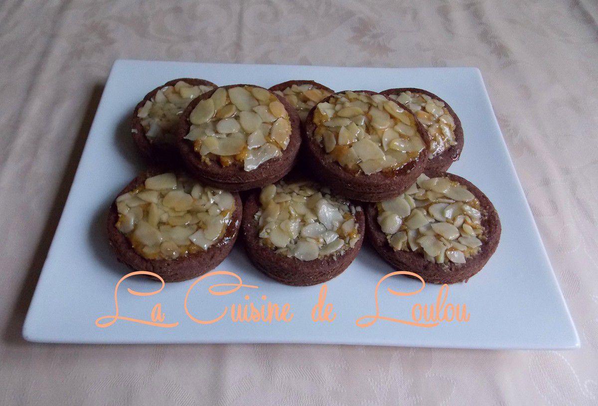 Mini tartelettes au cacao et aux amandes