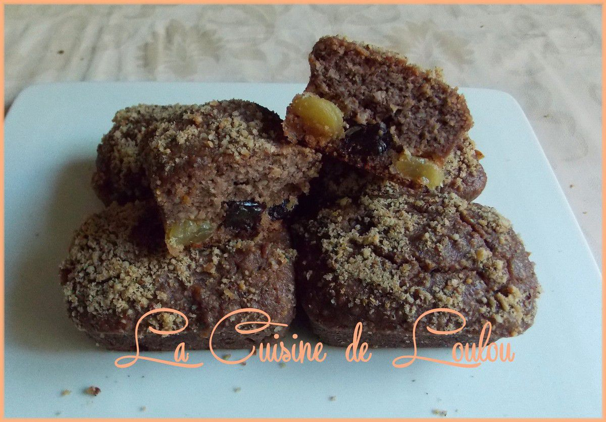 Petits cakes à la ricotta, semoule et raisins secs