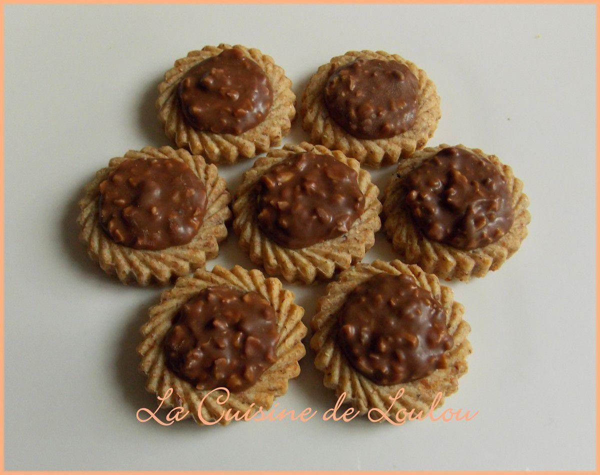 Tartelettes aux noisettes et chocolat type rocher