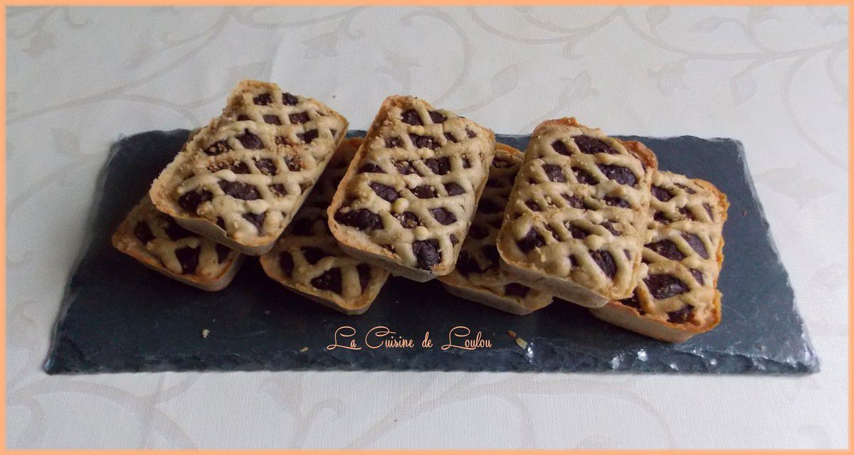 Petits cakes fondants noisettes et chocolat