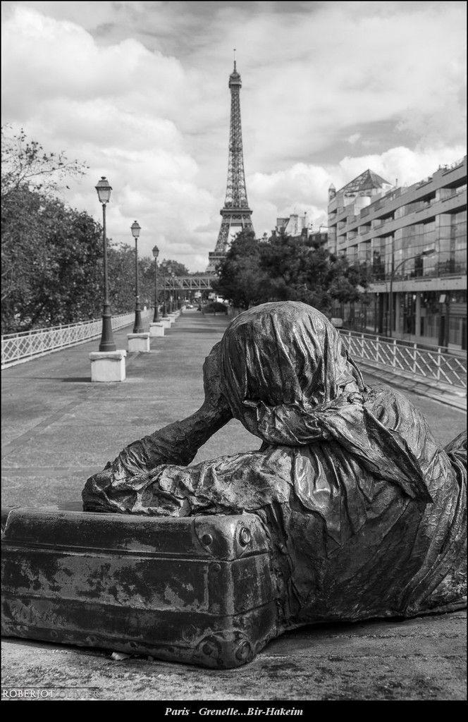 Paris - Grenelle...Bir-Hakeim