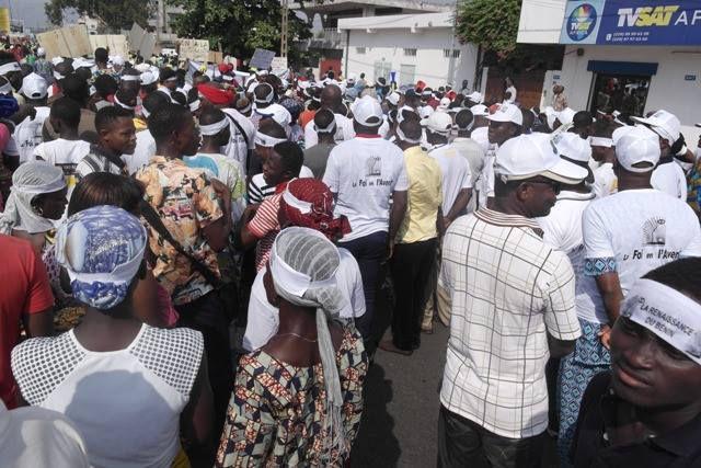 BENIN: La révolution pacifique du peuple béninois en images !!!