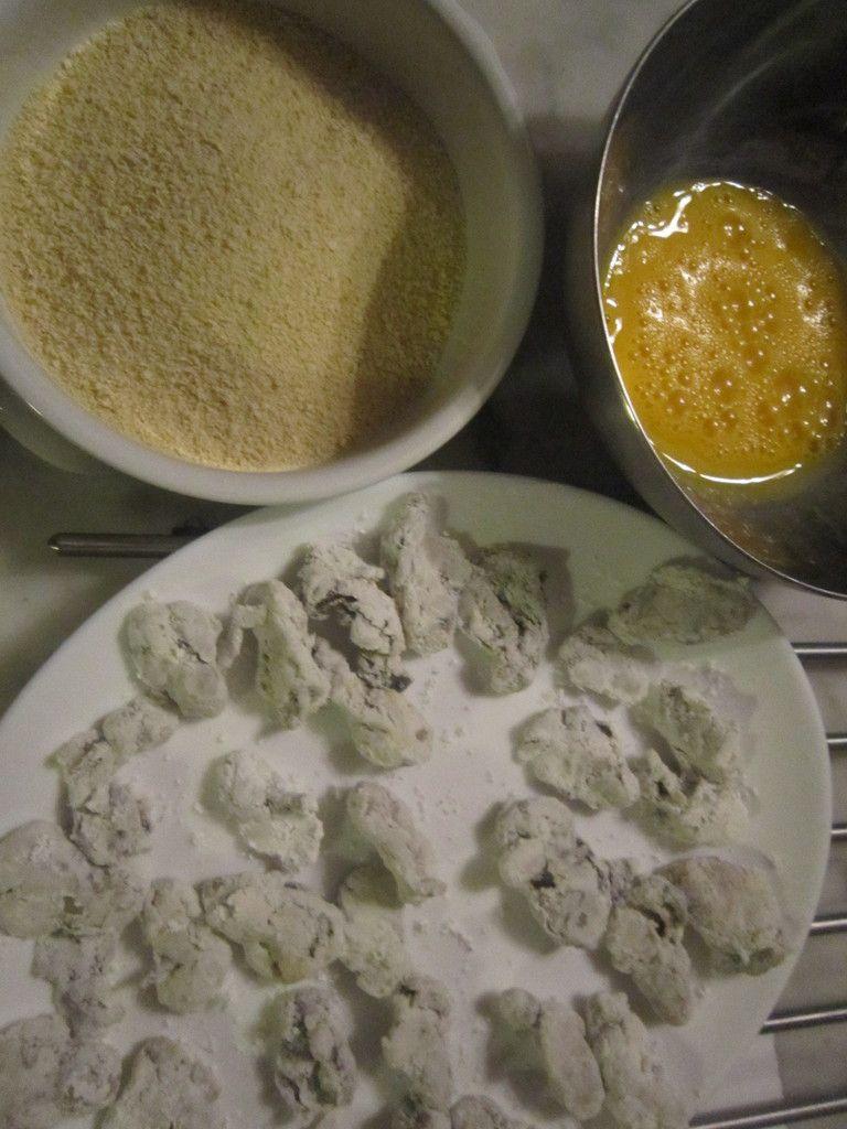 croquettes d'huitres  coriandre fraiche ciselée pour l'apéro !!
