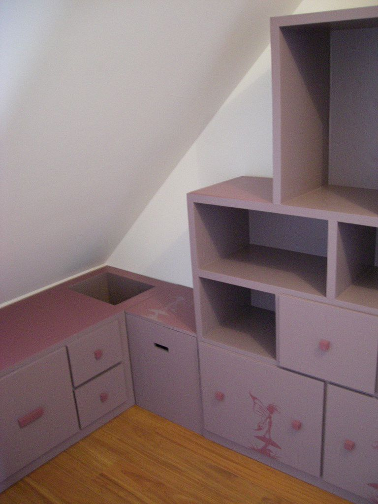 meuble sous pente. Black Bedroom Furniture Sets. Home Design Ideas