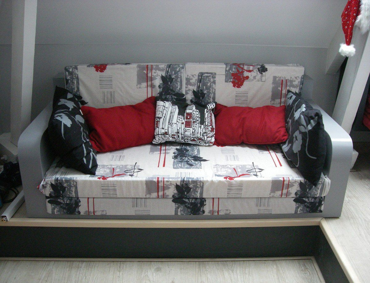 banquette carton meubles en carton angers. Black Bedroom Furniture Sets. Home Design Ideas