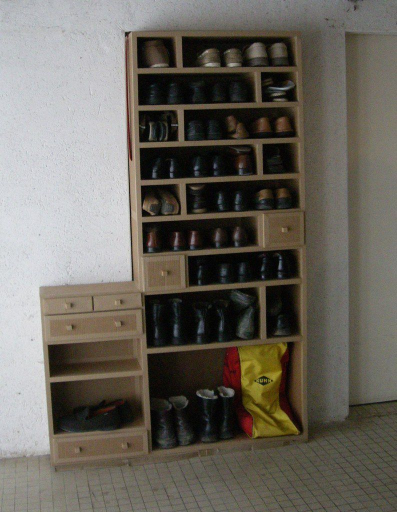 meubles chaussures sur mesure. Black Bedroom Furniture Sets. Home Design Ideas