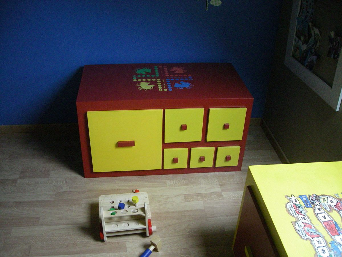 rangement jouets meubles en carton angers. Black Bedroom Furniture Sets. Home Design Ideas
