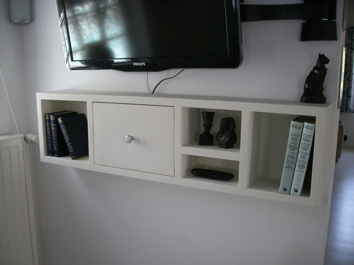 124 etagere murale sous tele 1000 id es sur le th me. Black Bedroom Furniture Sets. Home Design Ideas