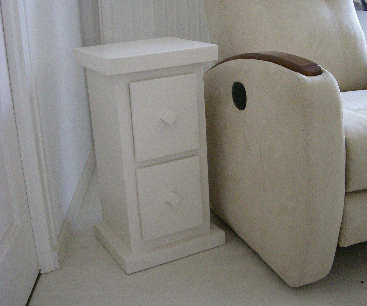 mini consoles meubles en carton angers. Black Bedroom Furniture Sets. Home Design Ideas