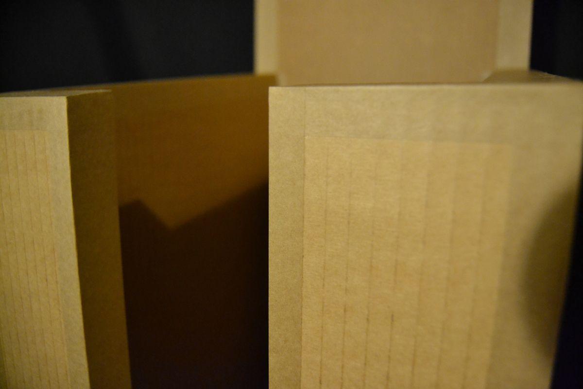 Finition carton brut