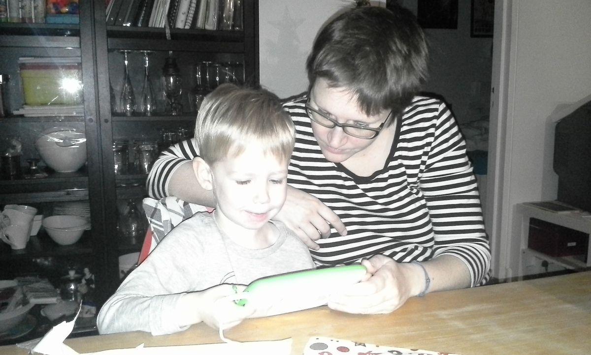 Pour une fois, c'est Maman Online qui découvre avec Léon... et moi qui suis à la photo ! Il n'empêche, quand Léon n'est pas là, j'en profite aussi :-)