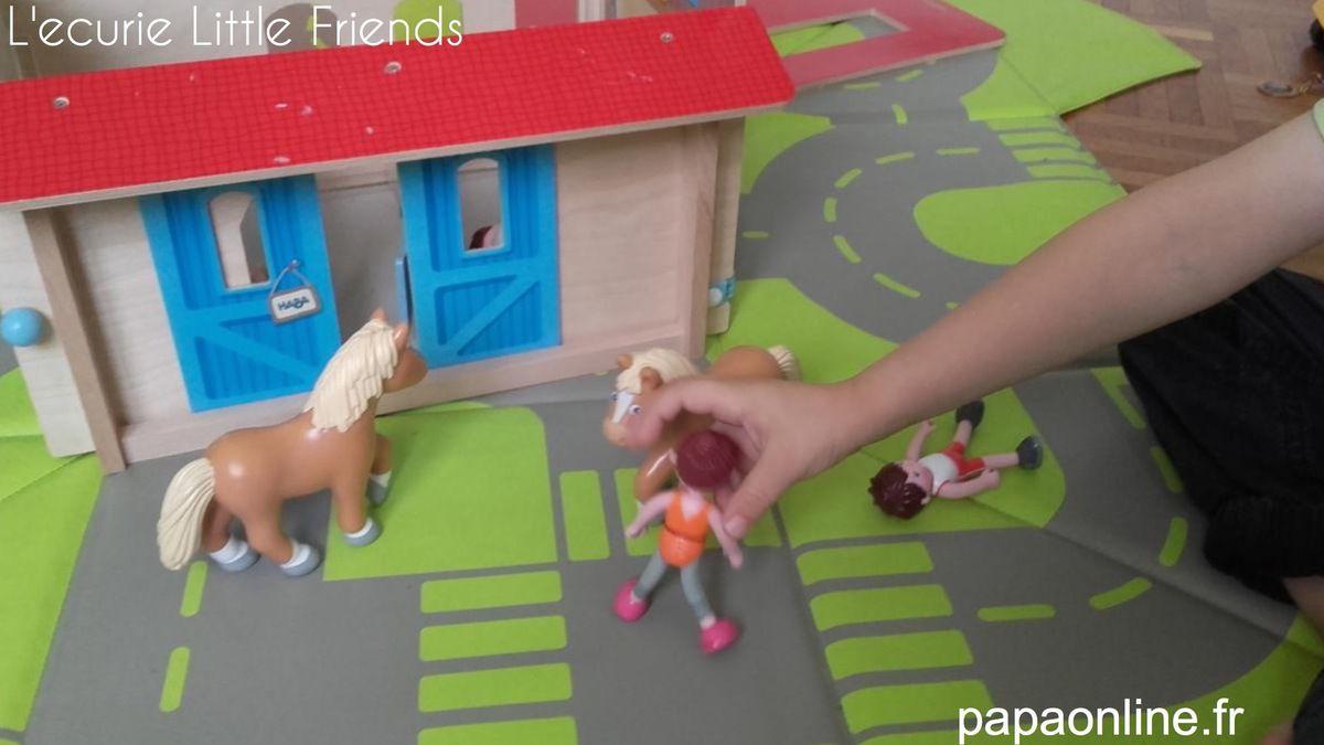 [Test] Papa Online a testé pour vous ... l'écurie des Little Friends de Haba