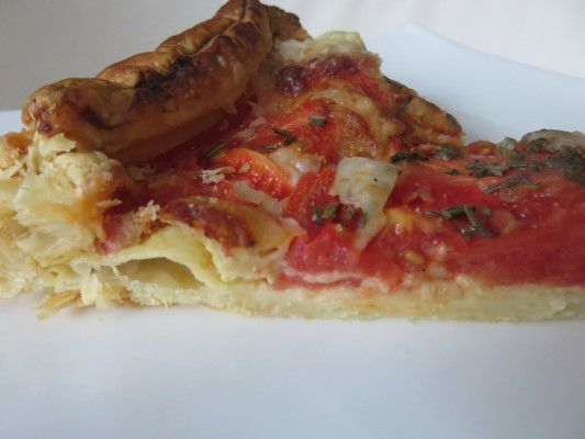 Tarte simple tomate moutarde et comté