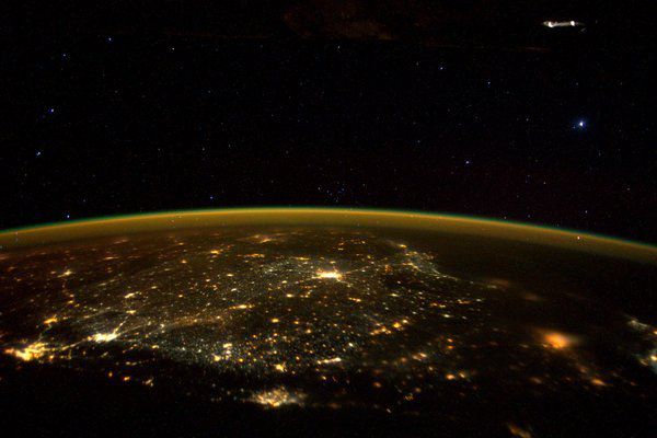Crédit image: ISS l'astronaute Scott Kelly, via https://twitter.com/StationCDRKelly/status/666042034633883649/photo/1?ref_src=twsrc%5Etfw