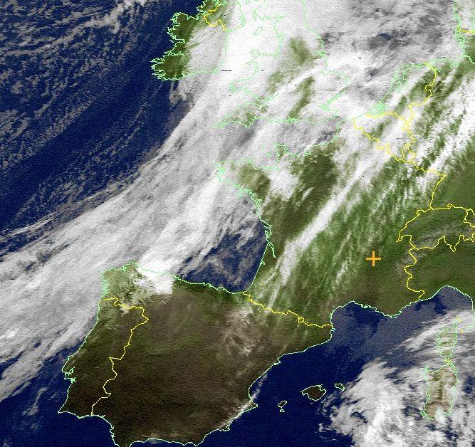 Le beau temps menacé par les nuages de la perturbation (3-12-2015)