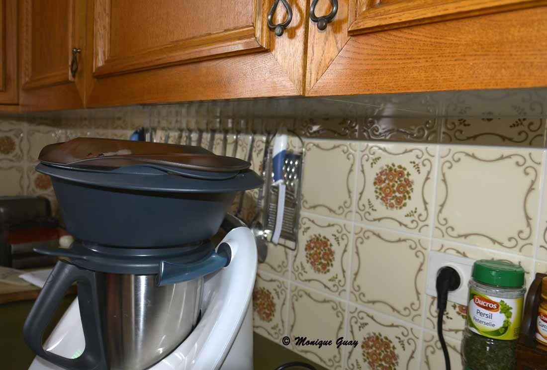 L'ensemble de l'appareil est installé pour la cuisson.