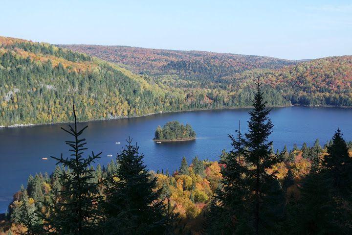 20 nuances de rouge pour admirer l'automne au Québec (Parc de la Mauricie)