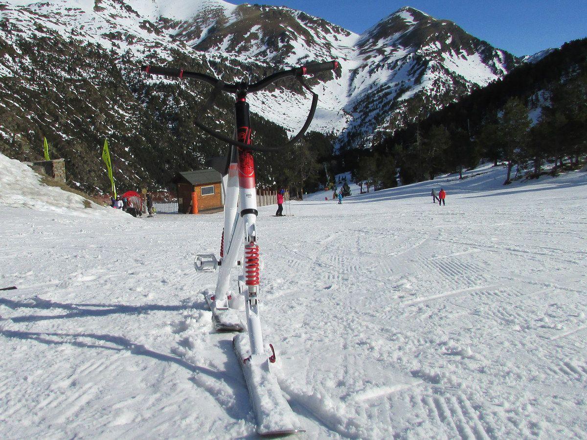 Snow bike et raquettes à Vallnord en Andorre