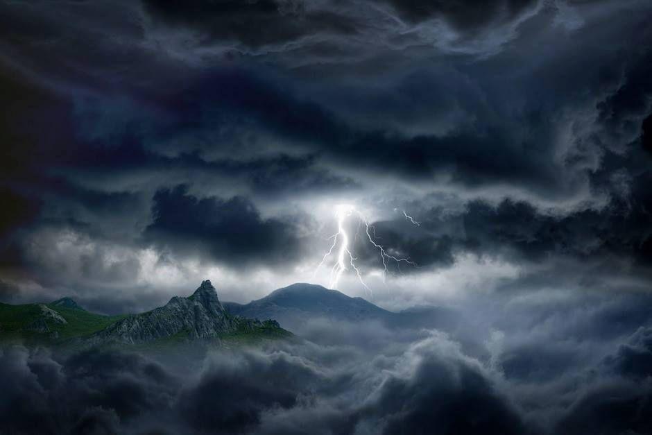 Le tonnerre et les éclairs vont descendre sur le Temple du Seigneur  Samedi 3 janvier 2015 à 20h20