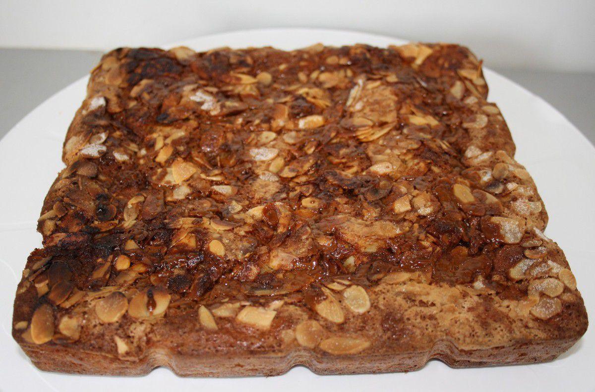 Gâteau aux poires et caramel