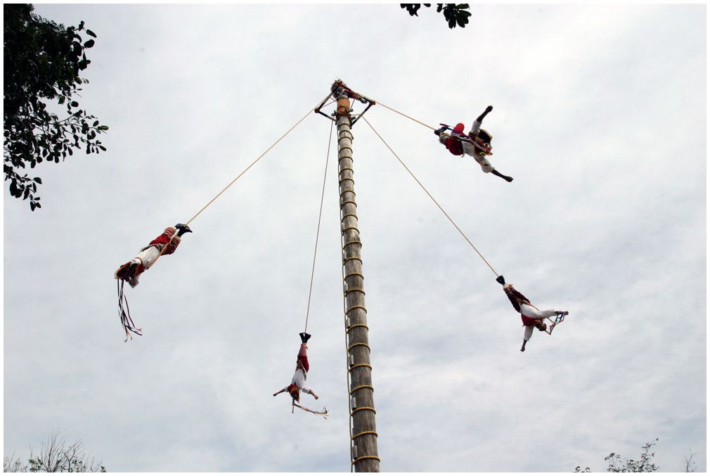 Les Voladores - Xcaret Mexique