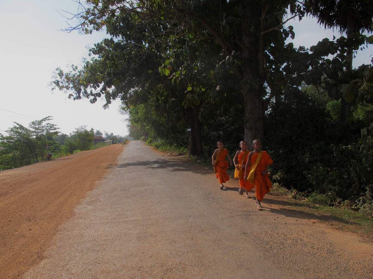 il faut marcher longtemps pour aller au temple