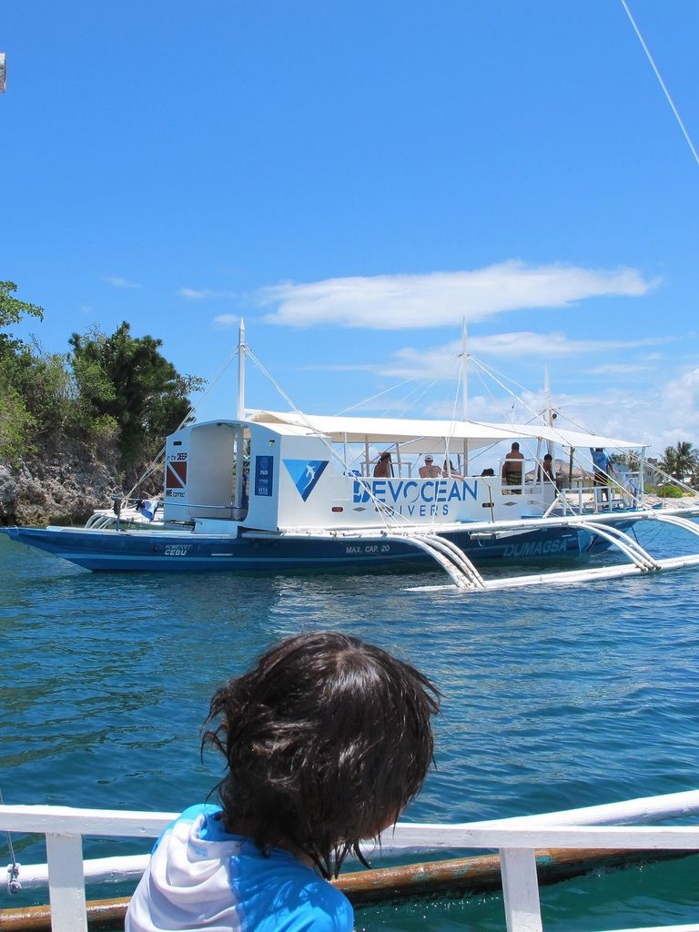 bateau du club où Cyril fait ses plongées