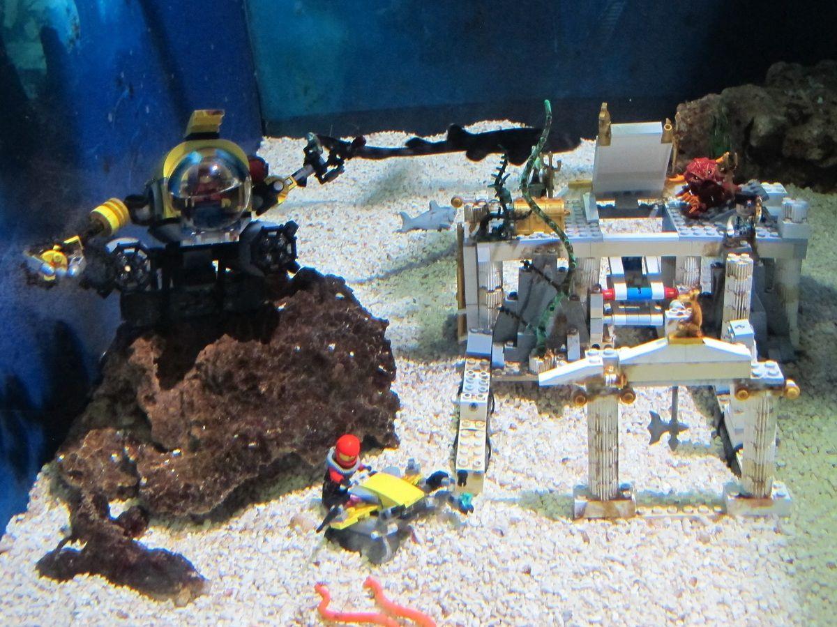 base sousmarine Lego