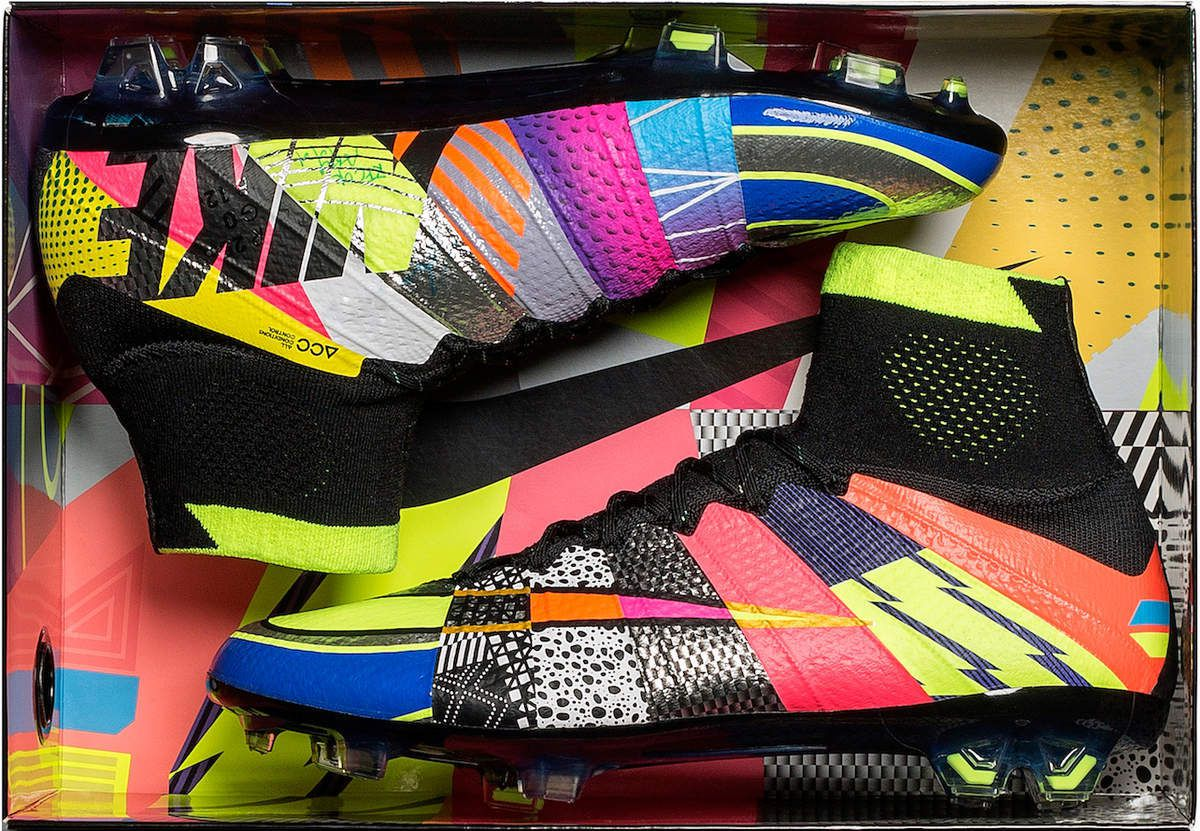 NIKE : CHAUSSURES MERCURIAL SUPERFLY &quot&#x3B;WHAT THE&quot&#x3B;