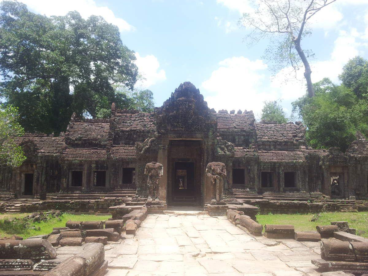 Temple angkor ville images - Savigny le temple piscine ...