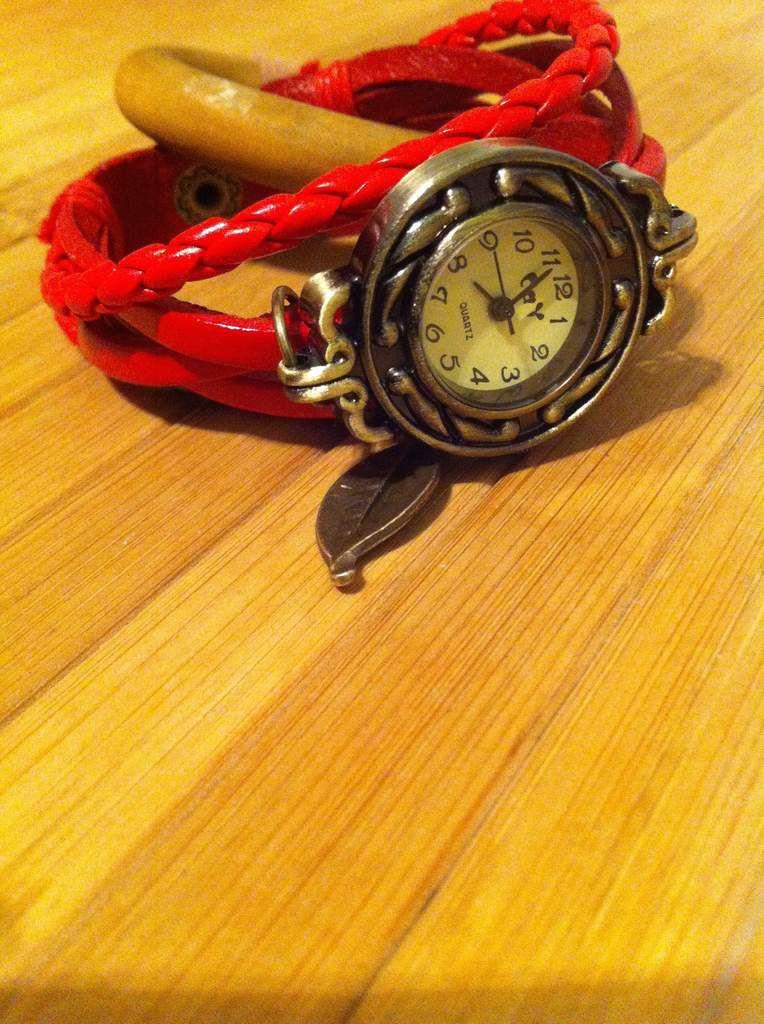 Montre bracelet au style Vintage