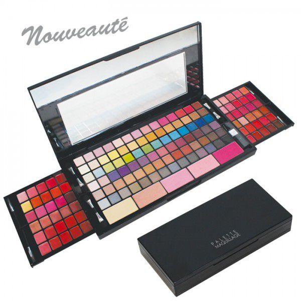 Une jOlie palette de maquillage Parisax de 149 cOuleurs